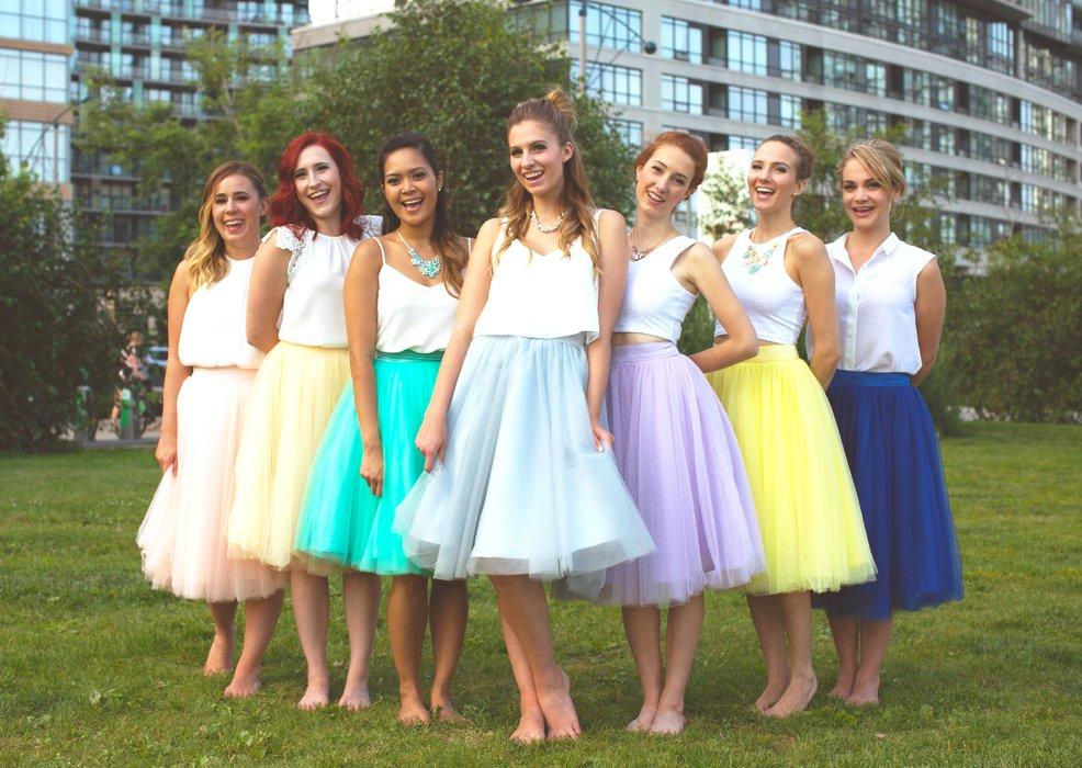 Jaren 80 stijl pastel jurken